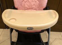 كرسي اكل اطفال شبه جديد