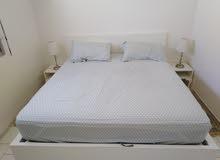 غرفة نوم لشخصين للبيع مستعملة فقط 4 اشعر والثمن قابل للنقاش
