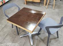 طاولة 2كراسي مستعملات شهور فقط