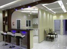 شقة راقية بتشطيبات مميزة مقابل عمان مول للبيع