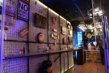 مطعم بيتزا ايطالية ومناقيش وسناكات للبيع او البدل على سيارة