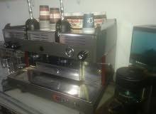 ماكينة قهوة + رحاية قهوة استعمال نظيف جدا