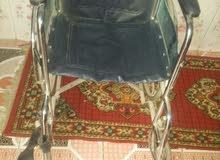 كرسي متحرك لذوي احتياجات خاصه