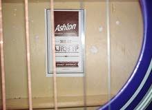 جيتار للبيع أو البدل بآيفون