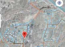 للبيع ارض منطقه العامرات مرتفعات العامرات 2 علا شارع بوشر العامرات خلف محطه شل
