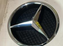 Mercedes Front emblem