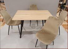 طاولات طعام