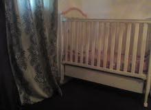 سرير اطفال انظيف ايطالي سبب البيع صغر المكان السعر قابل للنقاش كاش اوبشيك