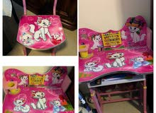 Hello Kitty table and chair