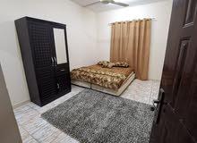 شقة غرفتين و مجلس و 3 دورات مياه