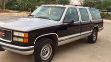 +200,000 km GMC Suburban 1995 for sale