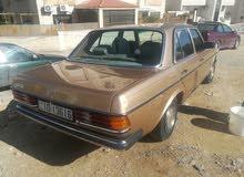 Gasoline Fuel/Power   Mercedes Benz E 200 1984