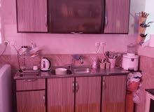 خزانة مطبخ 4 ضرف سفليه وعلويه مع مجلى حوضين وبطاريه حامي بارد