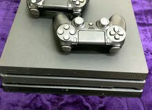 Ps4 pro 1TB with 2 controller