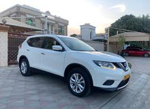 Nissan Xtrail 2015 mid option GCC specification 7 seates