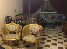 للبيع شقة تحفه علي شارع 9 المقطم