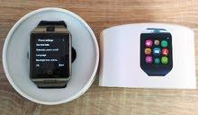 ساعة ذكية  بها  بلوتوث و شريحة اتصال و كاميرا  جديدة