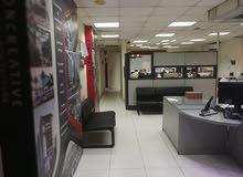 مكتب إداري بشارع مصدق الرئيسي الدقي