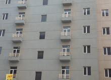بنايه با الفروانيه للايجار شركات البنايه تتكون (34شقه)(مكونات الشقه 2غرفه 2حمام صاله ومطبخ