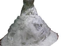 فستان زفاف راقي للإيجار او للبيع ب 50 ريال فقط