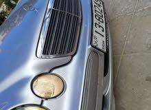 مرسيدس E200 2001 للبيع دفعة واقساط