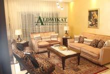 شقة ارضية للبيع في قرية النخيل مساحة البناء 195 م مع حديقة وكراج خاص بمساحة 130م