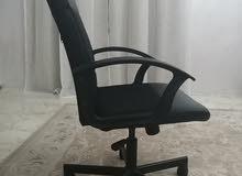 كرسي مكتب نظيف جدا