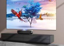 عيش اللحظة بدقة عالية واقعية واجواء  سينمائية مع الشاشة العملاقة الفضية  بحجم 75