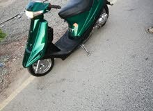للبيع دراجه لون أخضر