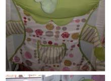 سرير اطفال ...ومعه  رقادة كبير ونظيف
