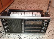 راديو من النوع القديم جدا