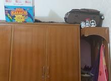 غرفه نوم صاج الكومدي الجانبي بي ضربه
