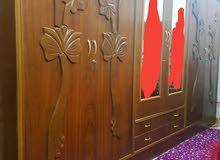 غرفة نوم اخشاب (صاج) مستخدمة لمدة سنة بحالة جيدة