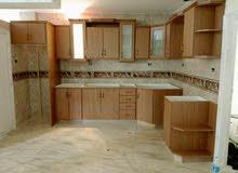 نجار متنقل لصيانة وفك وتركيب الغرف النوم المحلي والاجنبي وصيانة مطابخ الخشب والأ
