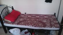 سرير فردي للبيع