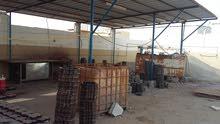 للبيع مصنع انتلوك و بلاط في جعلان ابو علي