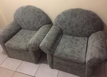 ستارة مع 2 كرسي مع مكتبة