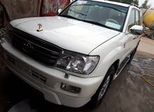 Toyota Land Cruiser 2001 For sale - White color