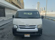 toyota Hi-Ace Bus 15 Passangar Middle Roof Very Good Condation