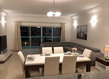 شقق فاخرة  وواسعة للايجار في امواج غرفتين شامل 400 دينار