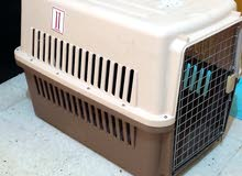 large dog box in a very good condition used only one time and airlines approved