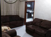 شقة فارغة للبيع أم السماق قرب الدر المنثور مساحة 140م طابق اول بسعر مناسب