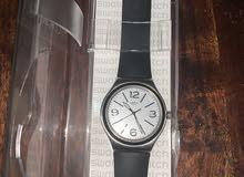 ساعة سواتش جديدة مع ضمان سبب البيع هو السفر