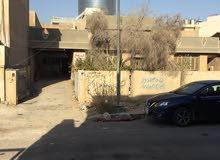 دار للبيع في بداية فرع قريب من مستشفى الزيتون الحديثة