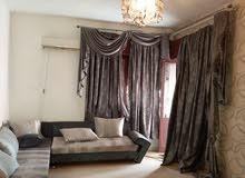 شقة الايجار بدون اتات النشاط تجاري دور اول يوجد بيه بركيدجو في شاره ظل خلف شارع جرابة