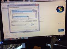 كمبيوتر مكتبي مع شاشة 18 للبيع