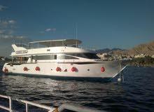 قارب سياحي كبير 24 متر في 7 متر مجهز للرحلات السياحيه والخاصه ورحلات الغوص
