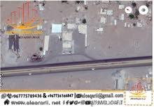 محطه بنزين حلوه جدا في محافضه لحج علا الشارع العام جمب مصنع الكوكولا