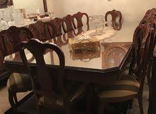 طاولة مصري وبوفيه