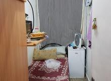 مطلوب شخص للسكن في بارتيشن بشقه في السالمية شارع المطاعم